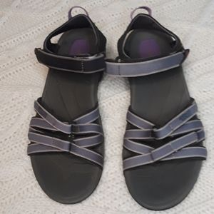 Teva Womens Tirra Hiking Sz 9 Black Sandals